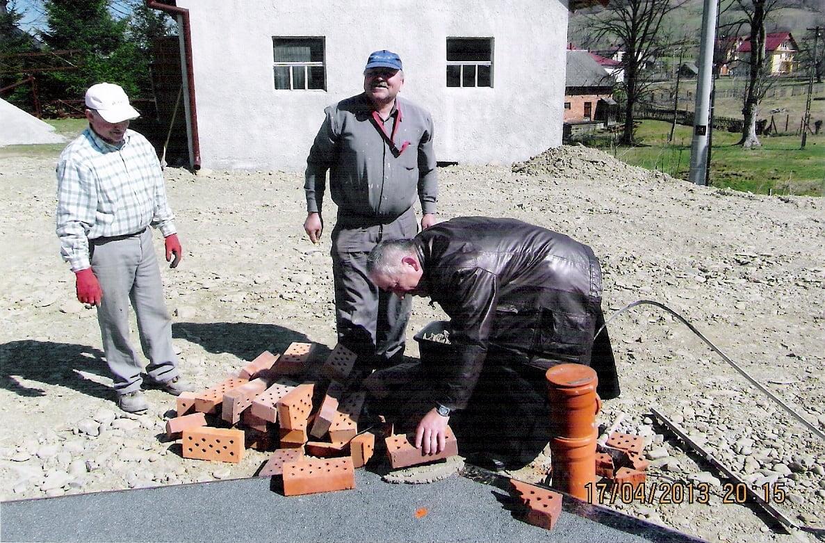 Śnietnica; budowa kościoła