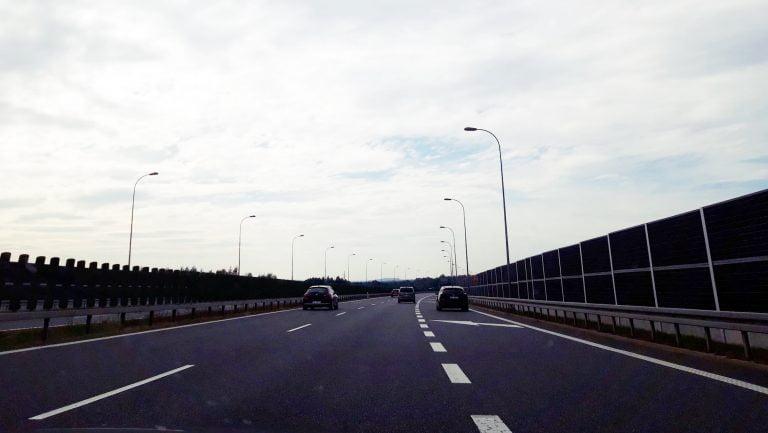 Autostrada A4 najdroższa w Polsce: skandal! Za chwilę będziemy jeździć z workami złota