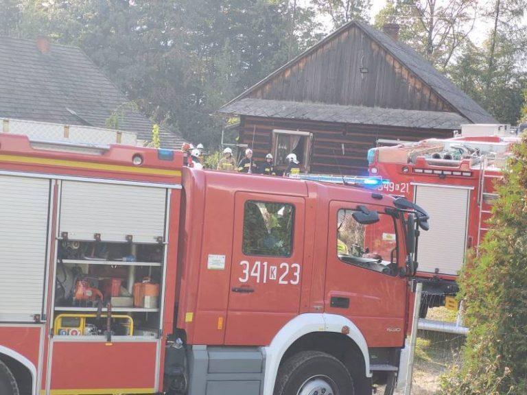 Kąclowa: o krok od tragedii. W drewnianym domu zapaliła się skrzynka elektryczna