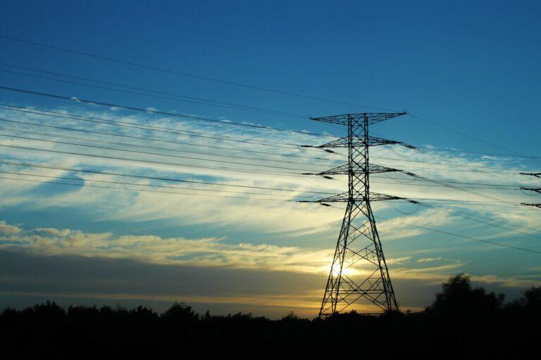 Wyłączenia prądu w najbliższym tygodniu. Lista dla Nowego Sącza i trzech powiatów