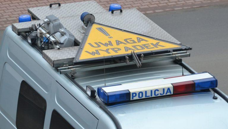 Wilczyska: z niewiadomych przyczyn dachował ciągnikiem w rowie. Jedna osoba w szpitalu