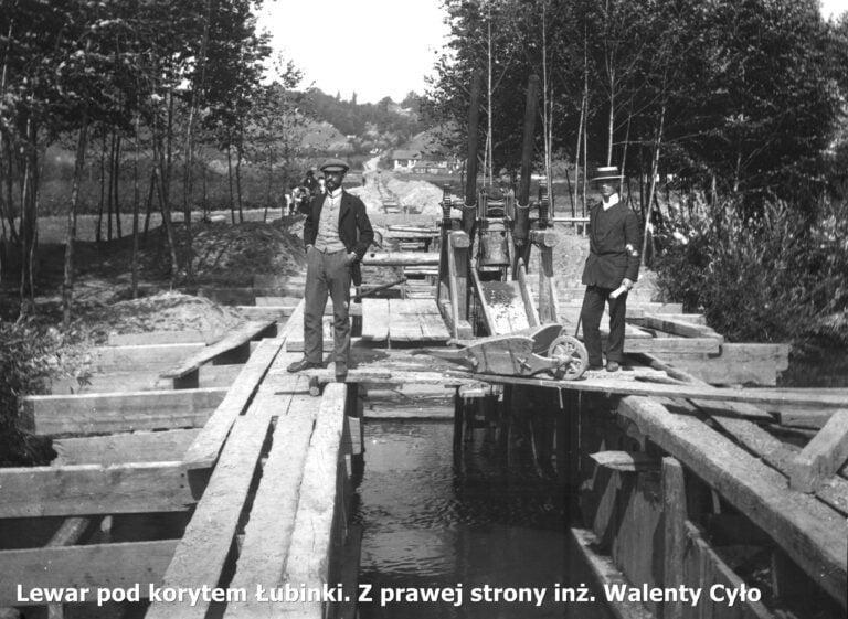 Zanim woda popłynęła z kranów. Wodociągowe wspomnienia sprzed 100 lat