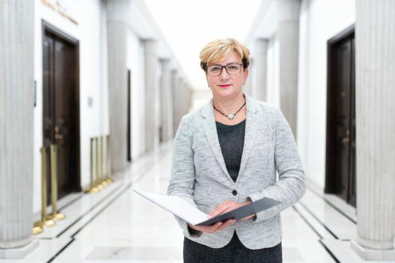 Sądeczanka złożyła rezygnację z funkcji sekretarza stanu w resorcie zdrowia