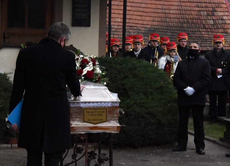 Sądecczyzna pożegnała śp. Mariana Cyconia. Prezydent pośmiertnie odznaczył go Krzyżem Oficerskim Orderu Odrodzenia Polski