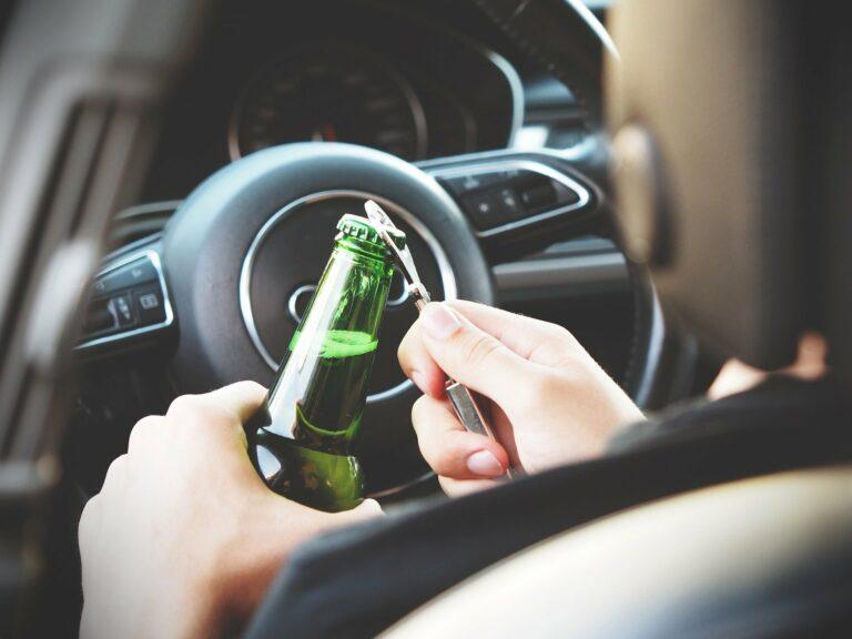 Czterech nietrzeźwych kierowców w weekend na sądeckich drogach. Rekordziści mieli ponad 2,5 promila