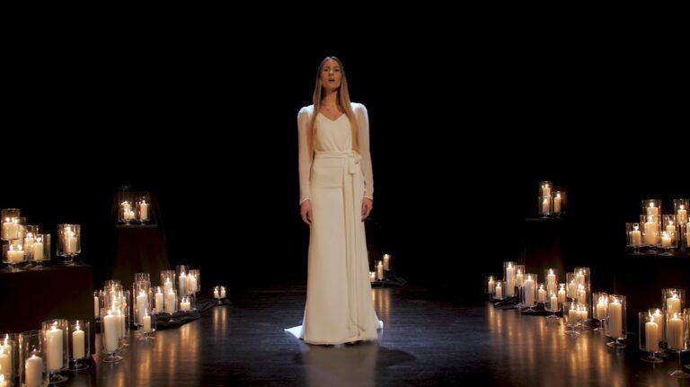 Nowy utwór Izabeli Szafrańskiej wprowadza w bożonarodzeniowy nastrój