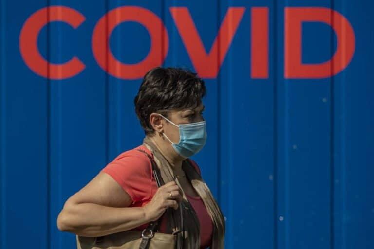 Utrata węchu częstsza w łagodnym COVID-19; większość chorych odzyskuje go w ciągu pół roku
