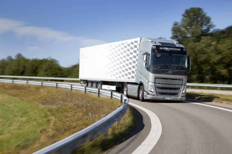 PKO Leasing: polski rynek przewozów międzynarodowych sceptyczny wobec Pakietu Mobilności