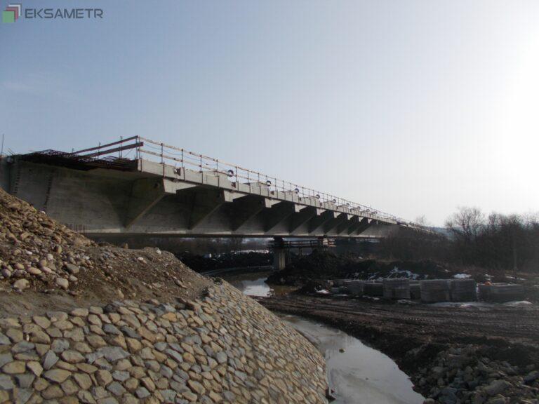 Most w Kurowie połączył brzegi Dunajca. Za kilka miesięcy przejedziemy nową przeprawą