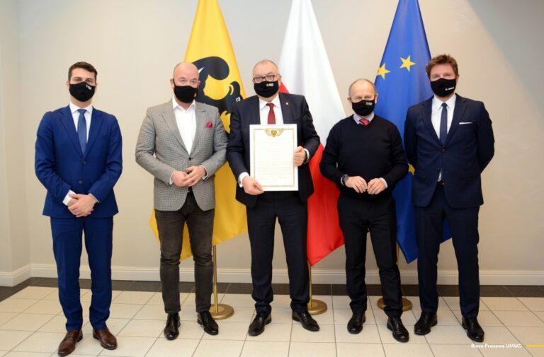 Koniec marzeń o Forum Ekonomicznym w Krynicy-Zdroju. Impreza na sześć lat przenosi się do Karpacza