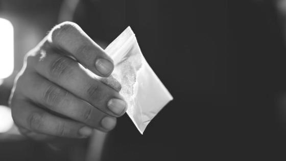 Gorlice. 34-latek miał w mieszkaniu kilkaset gramów narkotyków