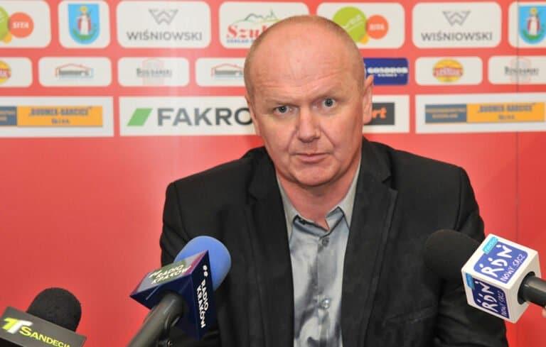 Były trener Sandecji podźwignął ekstraklasowy klub do walki