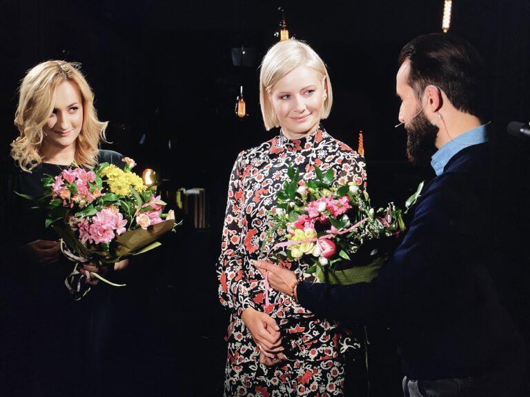 Kożuchowska czyta wywiad sądeczanki z ks. Pawlukiewiczem