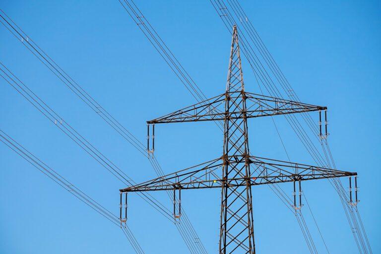 Gdzie planowane są przerwy w dostawie prądu? Dziś też awaryjne wyłączenie w Gorlicach