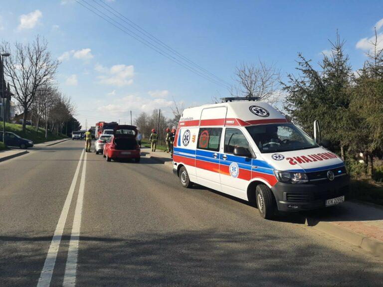 Nowy Sącz. Zderzenie samochodów na ul. Nawojowskiej