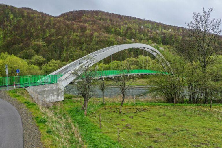Zabrzeż, Krościenko. Rosną wiosną mosty dla rowerów. Będzie jazda już w te wakacje!