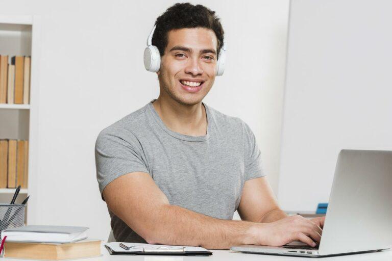 Nauka angielskiego online – oto polecane metody, by przejść na poziom zaawansowany