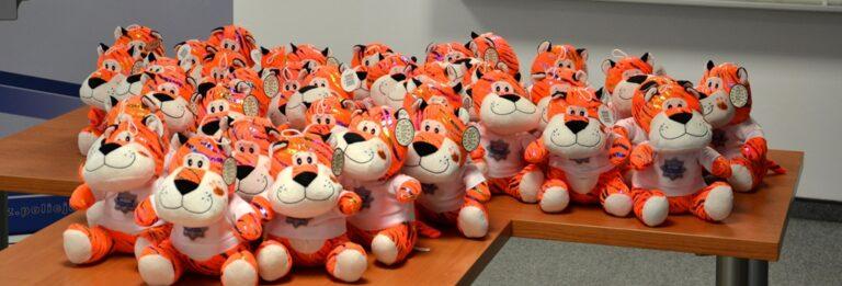 Pluszowa pomoc psychologiczna dla dzieci – tygrys ratownik
