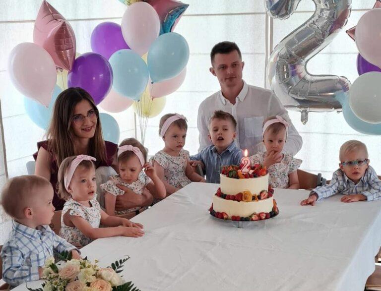 Pierwsze w Polsce sześcioraczki mają już dwa lata. Ich narodzinami żyła cała Polska