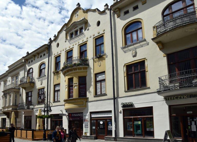 Ulica Jagiellońska – utracony blask świetności