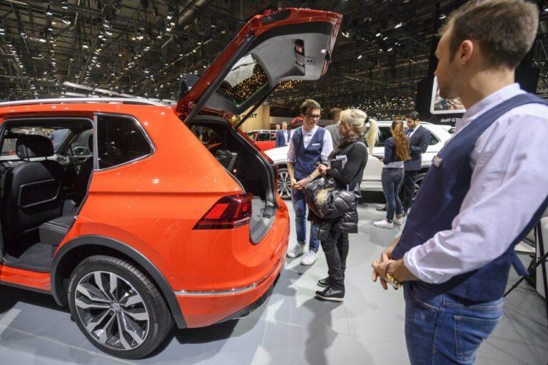 Od dziś nowe samochody można rejestrować w salonach sprzedaży przez internet