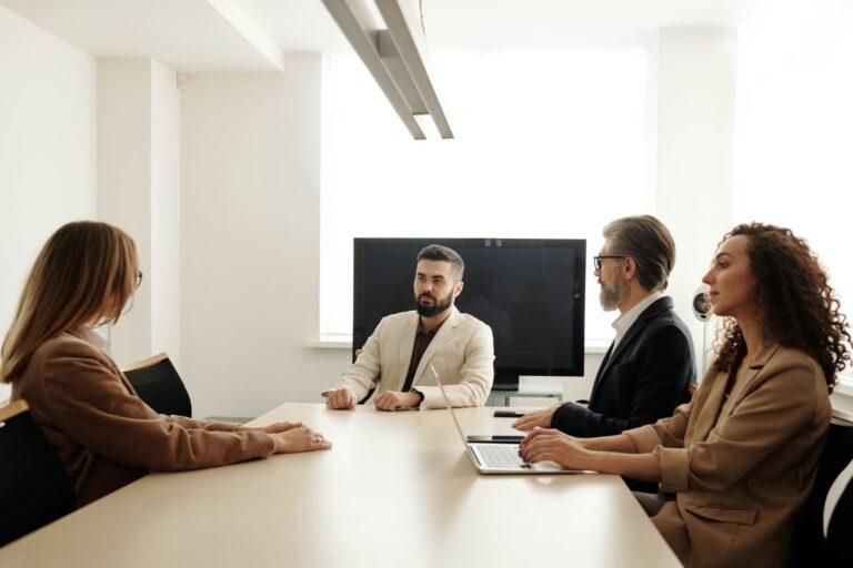 Szybki awans w korporacji, czyli jak zostać marketing managerem