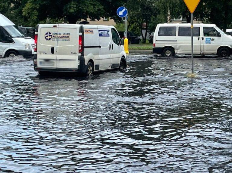 Nowy Sącz. Ulice znów zmieniły się w rzeki [ZDJĘCIA]
