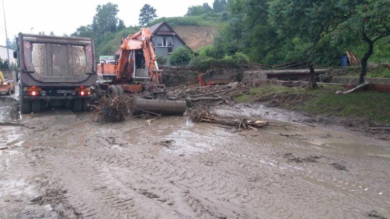 Caritas pomoże finansowo powodzianom. Pożyczy też osuszacze