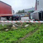 Zderzenie dwóch samochodów na ulicy Jana Pawła II w Nowym Sączu