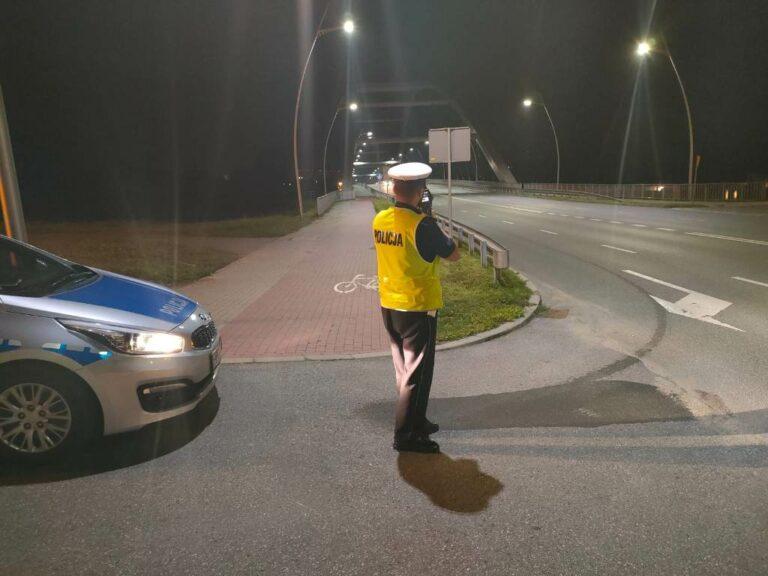 Piraci drogowi pod lupą sądeckich policjantów. 128 wykroczeń w jeden weekend
