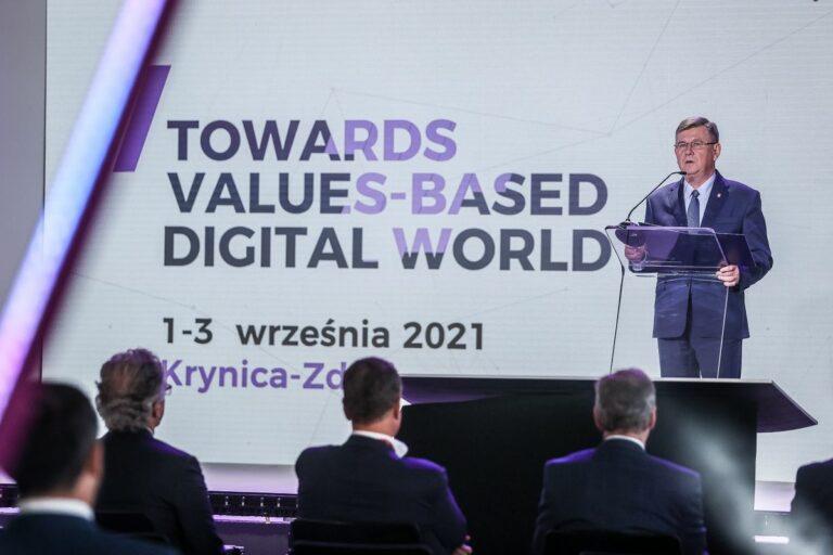 Trwa międzynarodowa konferencja CYBERSEC w Krynicy-Zdroju