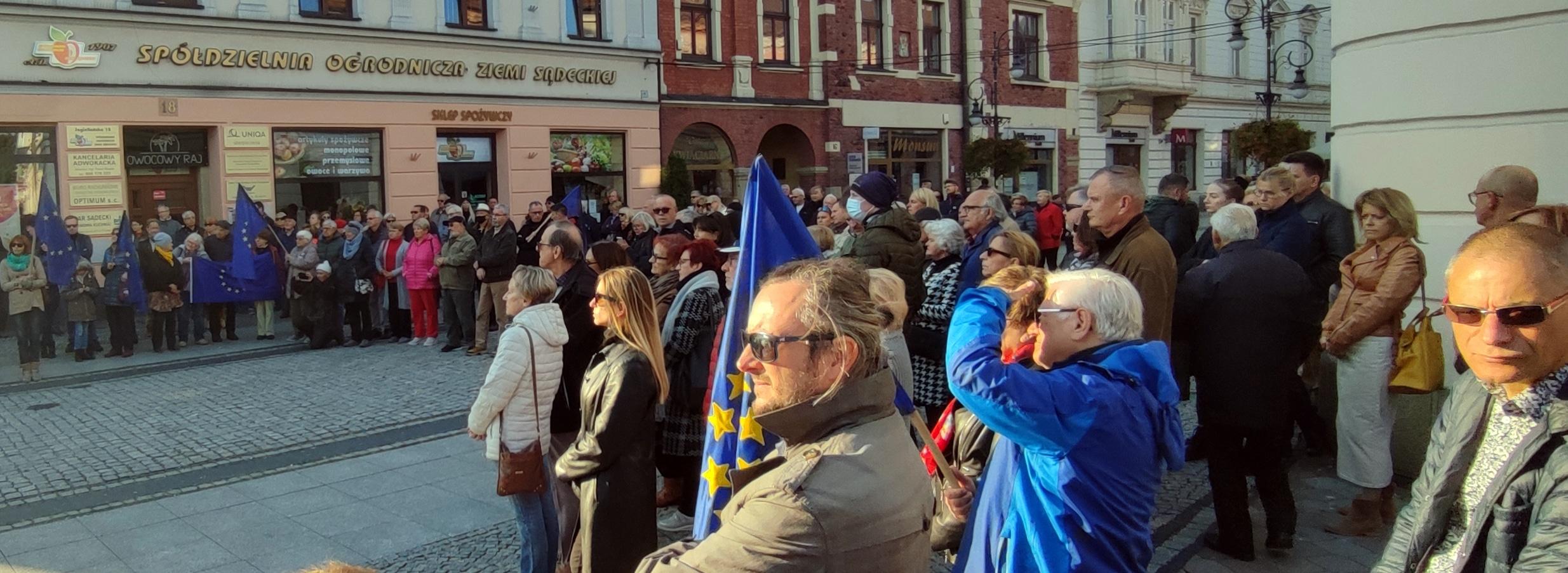 manifestacja antyrządowa w Nowym Sączu